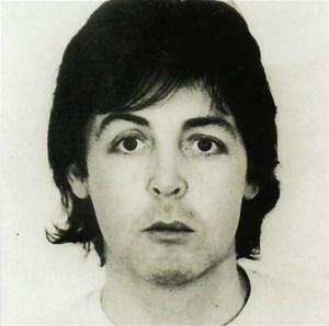 Paul McCartney - A preguiça me impede de procurar fotos recentes.